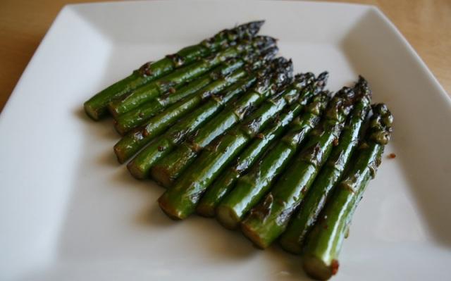 Teriyaki Garlic Asparagus